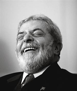 http://humbertocapellari.files.wordpress.com/2009/03/lula-brazil-qa-fareed-in04_vl-vertical1.jpg